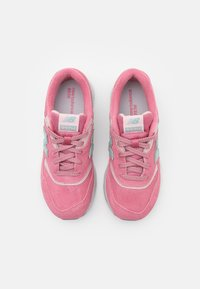 New Balance - Trainers - pink - 3