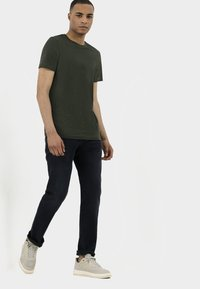 camel active - RELAXED - Relaxed fit jeans - indgo dark blue used - 3