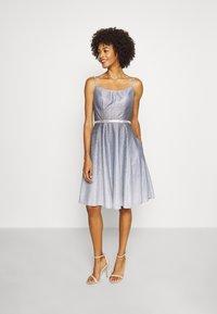 Luxuar Fashion - Robe de soirée - schwarz/silber - 1