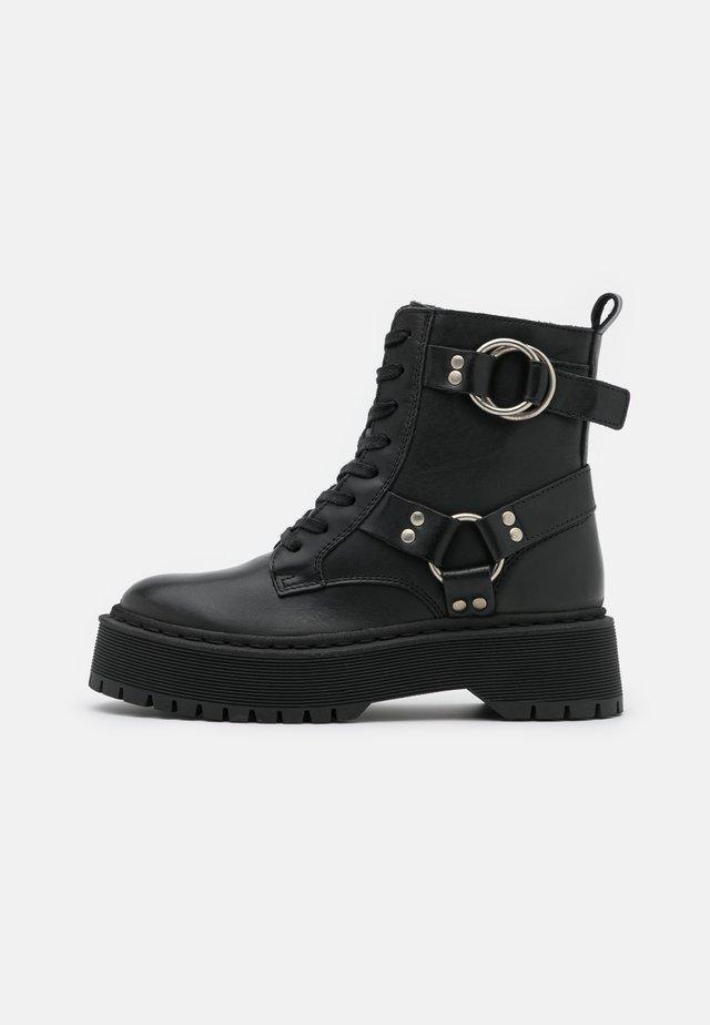 VMSELMA BOOT - Cowboy/biker ankle boot - black