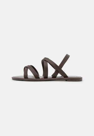 LUCY STRAPPY SLINGBACK - Sandales - choc