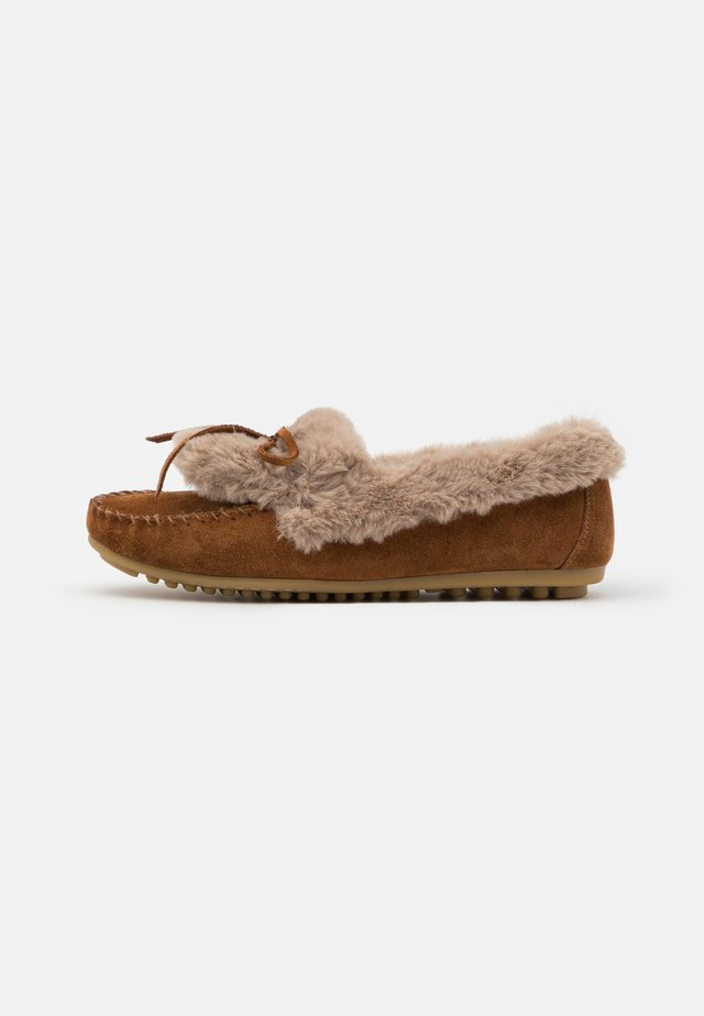 LEATHER - Slippers - cognac