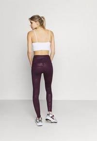Under Armour - RUSH TONAL LEG  - Legginsy - polaris purple - 2