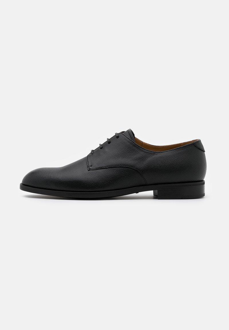 Emporio Armani - Elegantní šněrovací boty - black