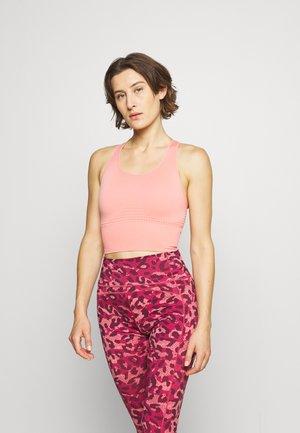 STAMINA LONGLINE WORKOUT BRA - Medium support sports bra - blush pink