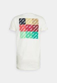 TOM TAILOR DENIM - Print T-shirt - wool white - 7
