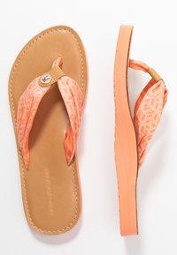 Tommy Hilfiger - TH MONO FLAT BEACH SANDAL  - T-bar sandals - island coral - 3