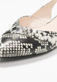 KIOMI - Slingback ballet pumps - white - 2