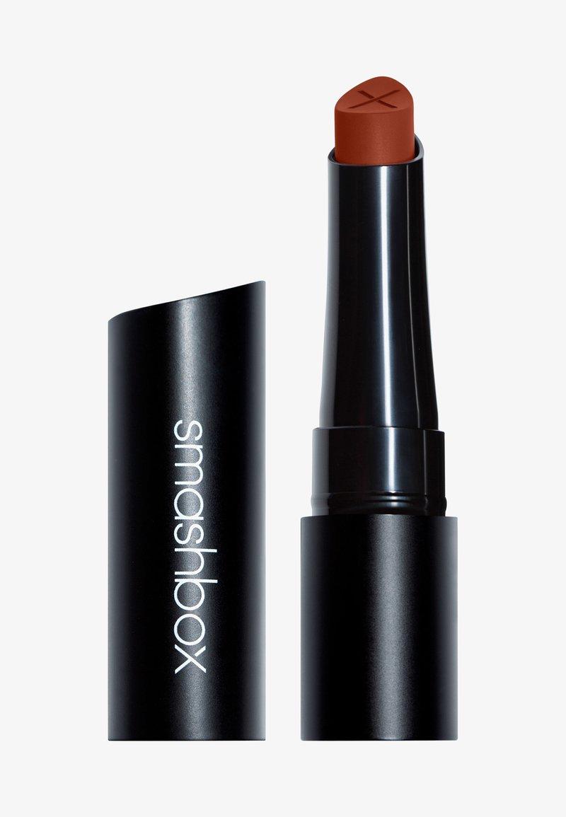 Smashbox - ALWAYS ON CREAM TO MATTE LIPSTICK - Lipstick - caliente