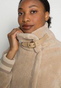 Armani Exchange - Winter jacket - gold - 4