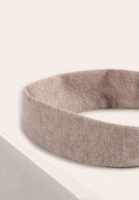 OYSHO - Headscarf - beige - 4