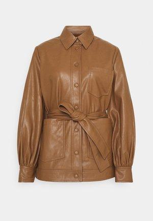 VESTINE JACKET  - Faux leather jacket - camel