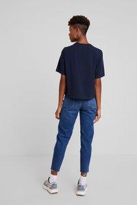 Weekday - TRISH - T-shirts basic - navy - 2