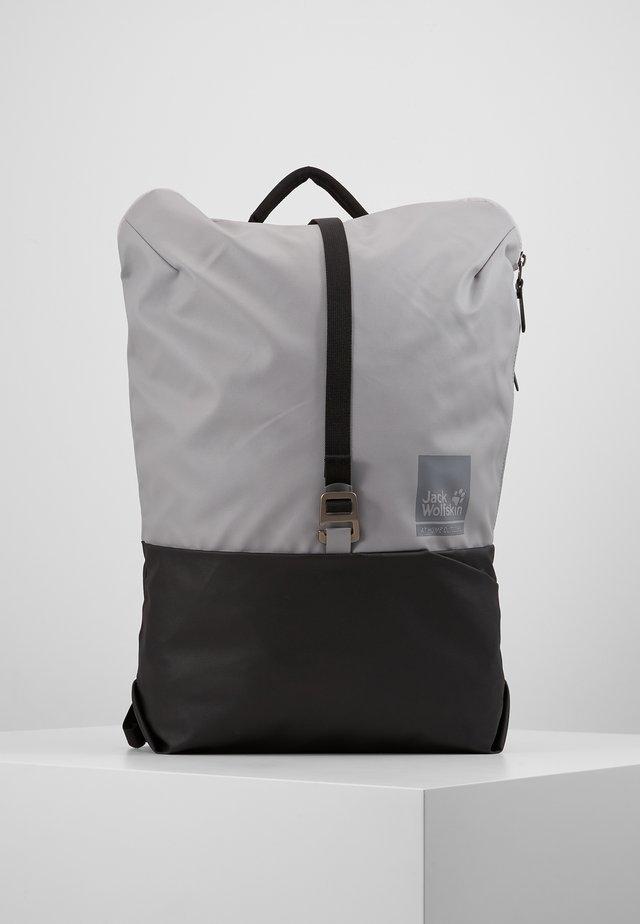 ONTHEMOVE 24 - Tagesrucksack - alloy