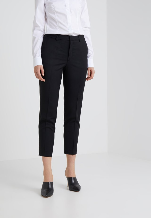 EMMA CROPPED COOL TROUSER - Trousers - black