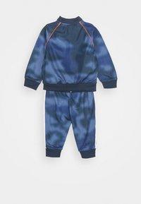 adidas Originals - SET UNISEX - Tracksuit - blue - 1