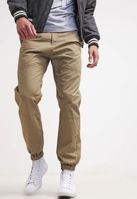 Carhartt WIP - MARSHALL COLUMBIA - Trousers - leather rinsed - 3