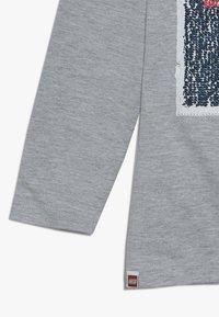 LEGO Wear - Langærmede T-shirts - grey melange - 3