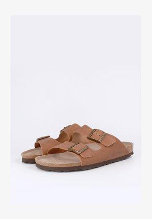 Pantofole - braun