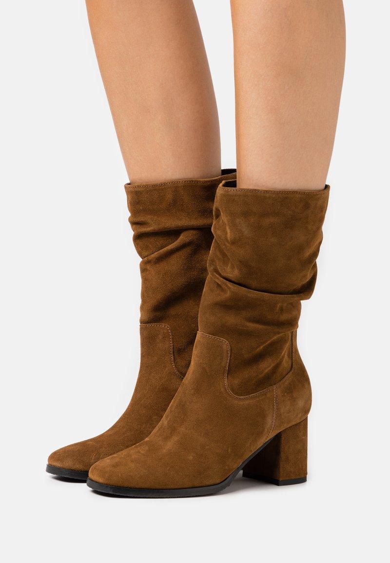 Tamaris - BOOTS - Boots - cognac