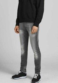 Jack & Jones - Slim fit jeans - grey denim - 4