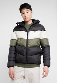 Lyle & Scott - COLOUR BLOCK JACKET - Winterjas - true black/olive - 0