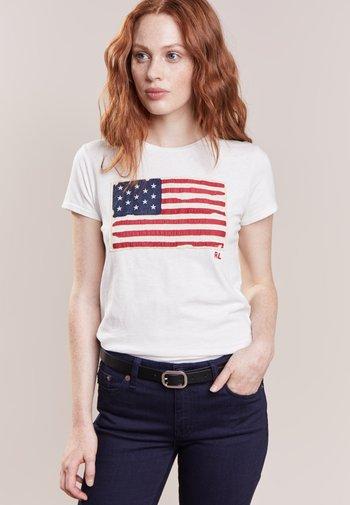 FLAG - Print T-shirt - nevis