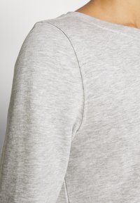 ONLY - ONLWENDY ONECK - Sweatshirt - light grey melange - 5