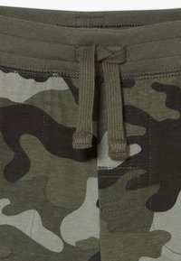 GAP - TODDLER BOY - Shorts - green - 4