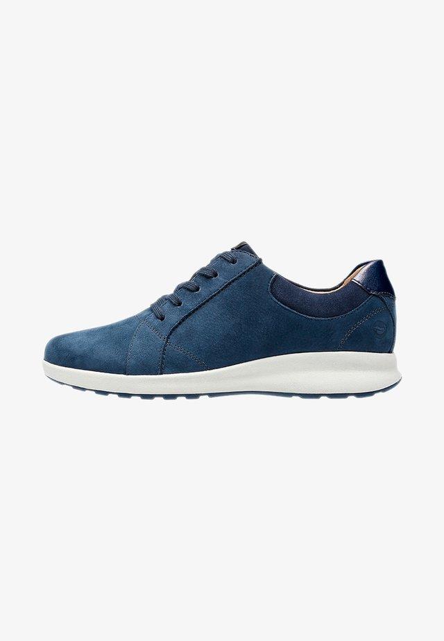 ADORN - Sportieve veterschoenen - blue