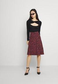 Even&Odd - A-line skirt - pink/black - 1