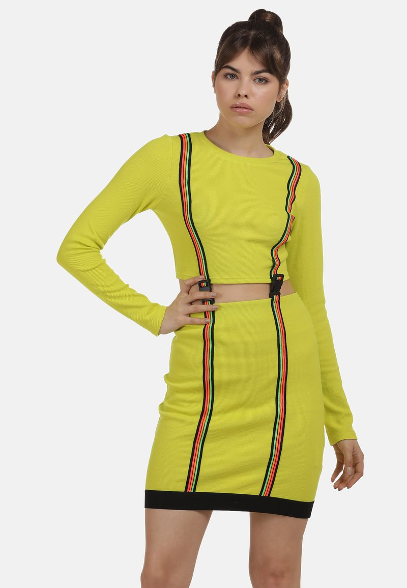 myMo ATHLSR - Shift dress - neon gelb