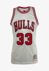 Mitchell & Ness - NBA CHICAGO BULLS PLATINUM SWINGMAN SCOTTIE PIPPEN - Squadra - silver - 4