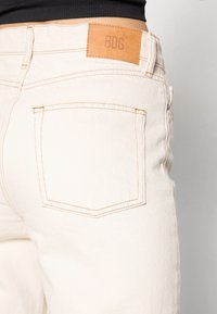 BDG Urban Outfitters - PAX - Straight leg jeans - ivory - 4