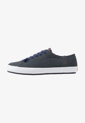 PEU RAMBLA VULCANIZADO - Sneakers laag - charcoal
