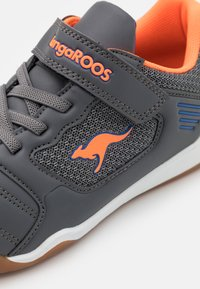 KangaROOS - MIYARD - Trainers - steel grey/neon orange - 5