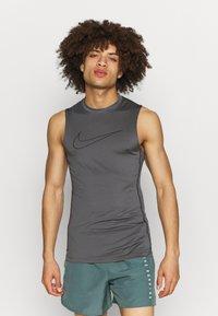 Nike Performance - Sports shirt - iron grey/black - 0