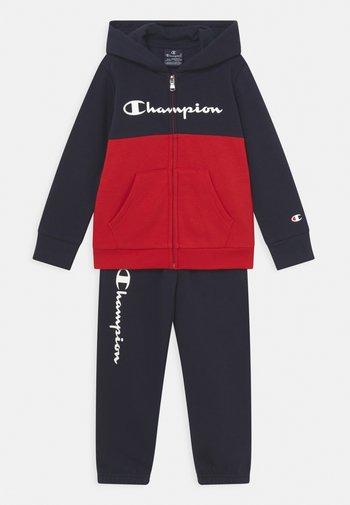 HOODED FULL ZIP SET UNISEX - Trainingsanzug - red