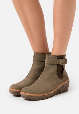MYTH YGGDRASIL - Ankle boots - pleasant kaki