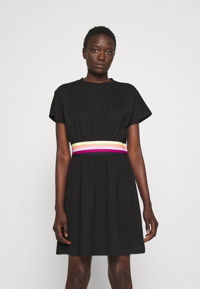 LOGO TAPE DRESS - Denní šaty - black