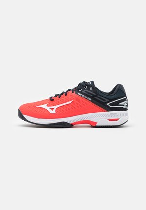 WAVE EXCEED TOUR 4 AC - Multicourt tennis shoes - ignition red/white/salute