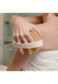 Mio - BODY BRUSH - Skincare tool - - - 1