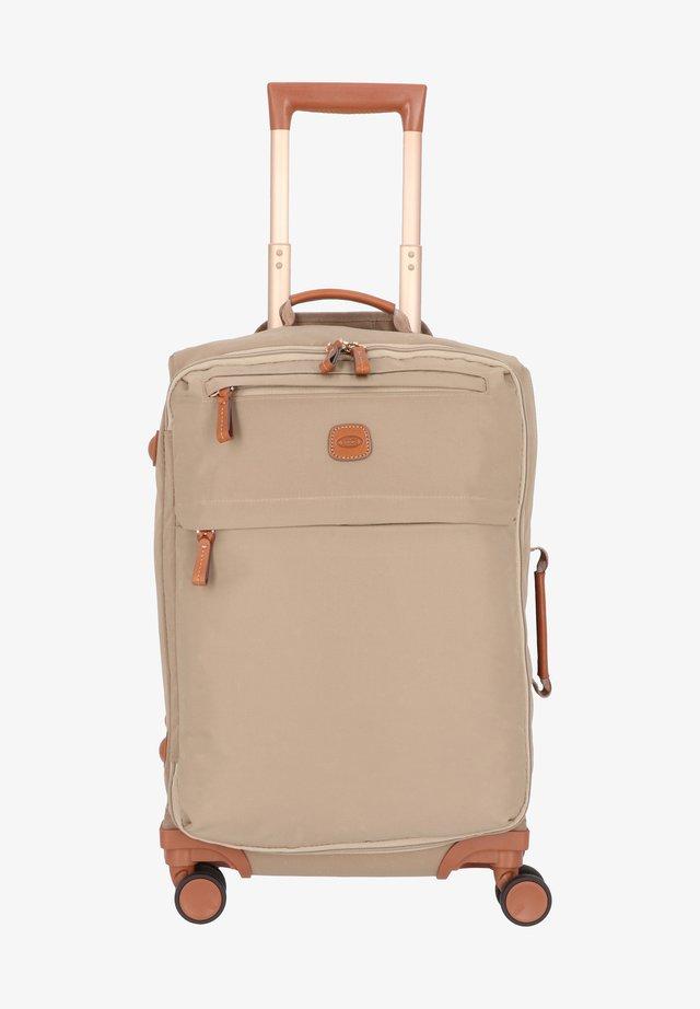 Wheeled suitcase - tundra