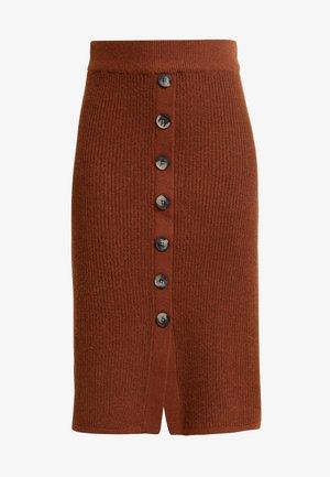 Áčková sukně - brown patina