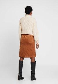 Great Plains London - VARDA - A-line skirt - henna - 2