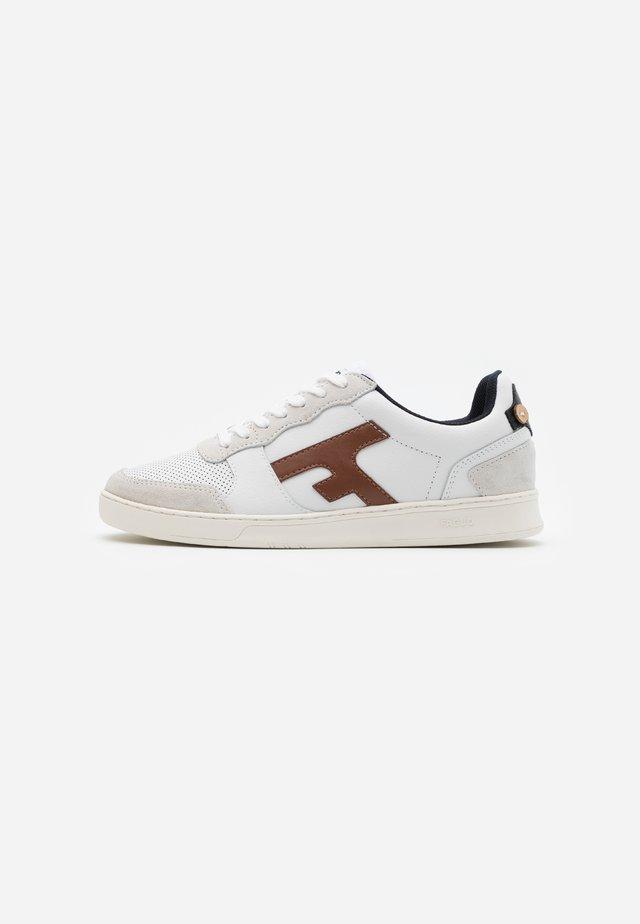 HAZEL BASKETS  - Sneakers - offwhite/camel