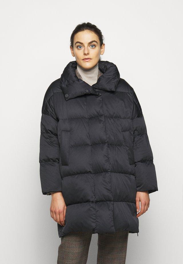 ERA - Kabát zprachového peří - schwarz