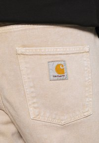 Carhartt WIP - NEWEL PANT PARKLAND - Straight leg jeans - dusty brown worn washed - 3