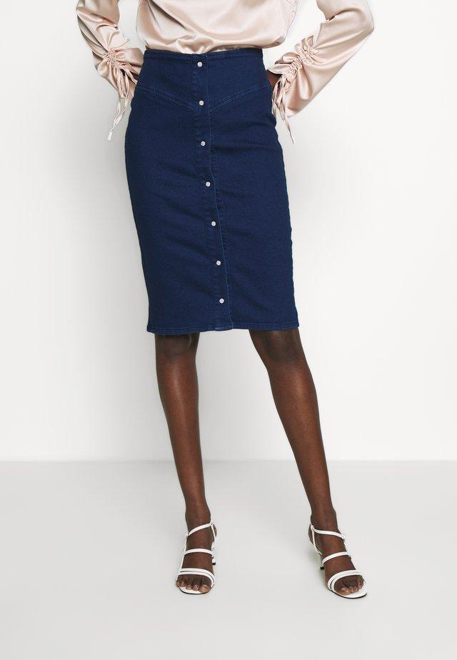 BERTHA SKIRT - Spódnica ołówkowa  - indigo blue