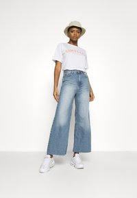 Dr.Denim - AIKO CROPPED - Relaxed fit jeans - empress blue - 1
